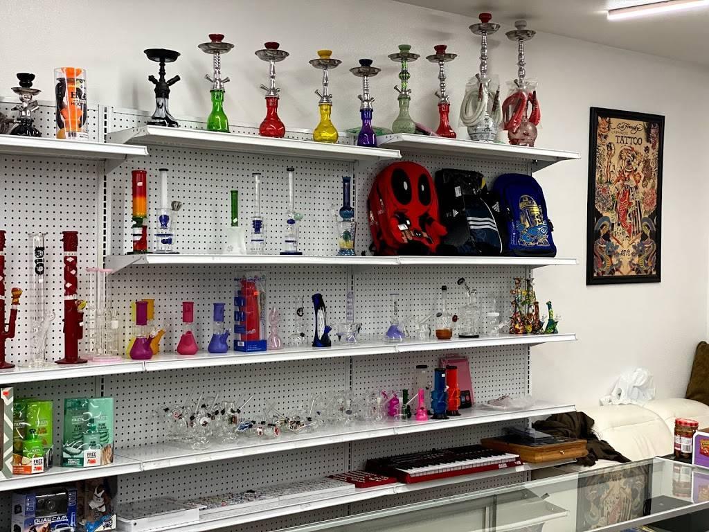King's Market - convenience store  | Photo 2 of 10 | Address: 4330 14th Ave, Sacramento, CA 95820, USA | Phone: (916) 376-7461