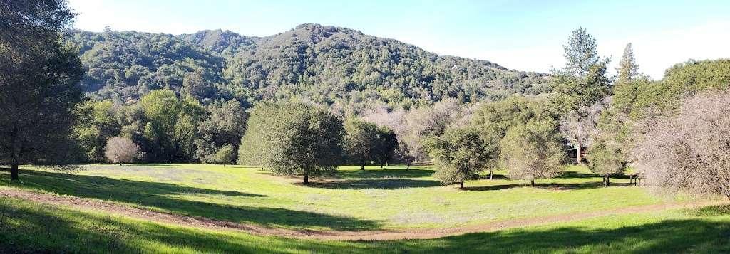 Jones Creek Trail Entrance - park    Photo 5 of 10   Address: 216-298 Jones Rd, Los Gatos, CA 95030, USA