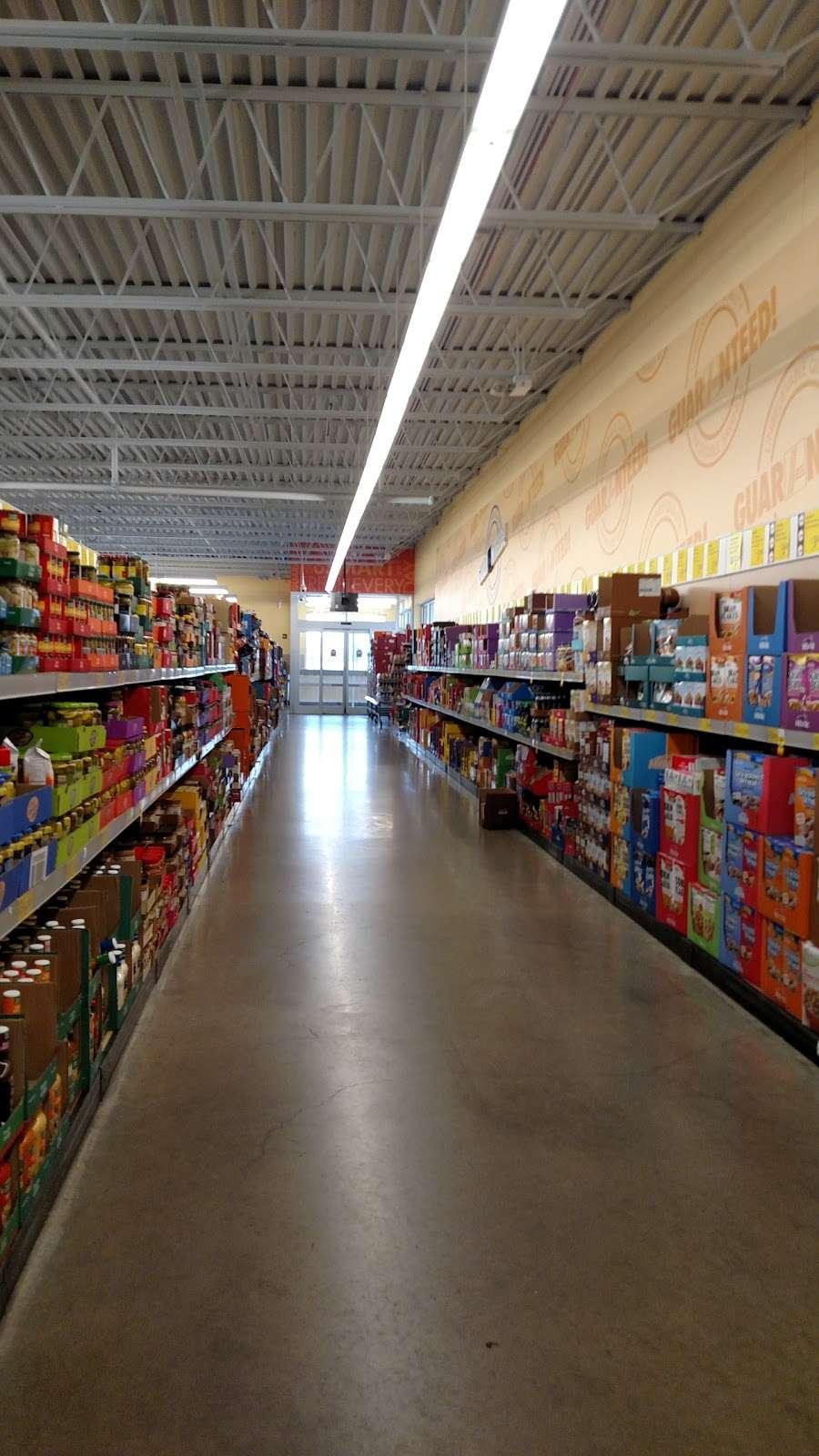 ALDI - supermarket    Photo 4 of 9   Address: 2540 Sycamore Rd, DeKalb, IL 60115, USA   Phone: (855) 955-2534