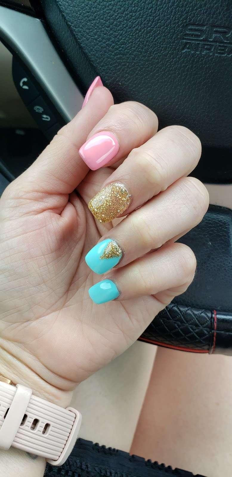 VIP Nails and Spa - spa    Photo 3 of 6   Address: 4713 E, FL-44, Wildwood, FL 34785, USA   Phone: (352) 661-3263