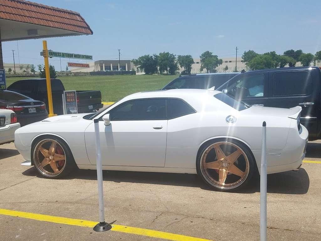Star Car Wash - car wash    Photo 7 of 10   Address: 2111 N Hampton Rd, DeSoto, TX 75115, USA   Phone: (972) 298-5772