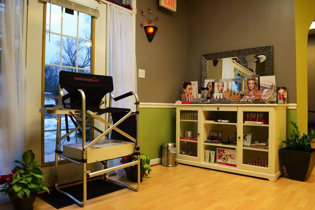 Amore Hair Salon + Spa - hair care    Photo 2 of 10   Address: 75 Monnett Ct, Prince Frederick, MD 20678, USA   Phone: (410) 414-5520