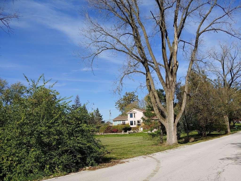 Camp Greene Wood - campground    Photo 7 of 10   Address: 3155 71st St, Naperville, IL 60540, USA   Phone: (855) 456-8347
