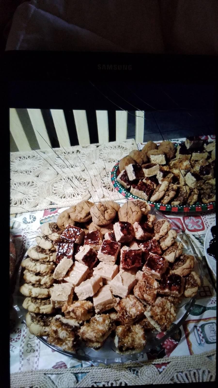 Money Mikes Hot Dogs LLC - meal takeaway  | Photo 10 of 10 | Address: E Redfield Rd, Gilbert, AZ 85234, USA | Phone: (480) 559-4735