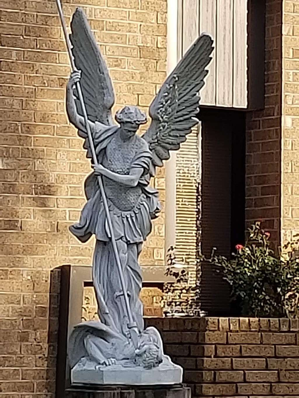 St. Matthew the Evangelist Catholic Church - church  | Photo 5 of 10 | Address: 9915 Hollister St, Houston, TX 77040, USA | Phone: (713) 466-4030