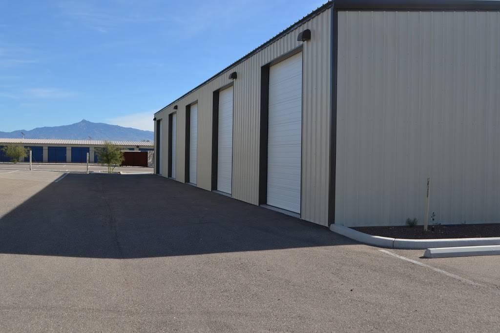 A Family Storage - moving company  | Photo 6 of 6 | Address: 8300 E Valencia Rd, Tucson, AZ 85747, USA | Phone: (520) 664-1060