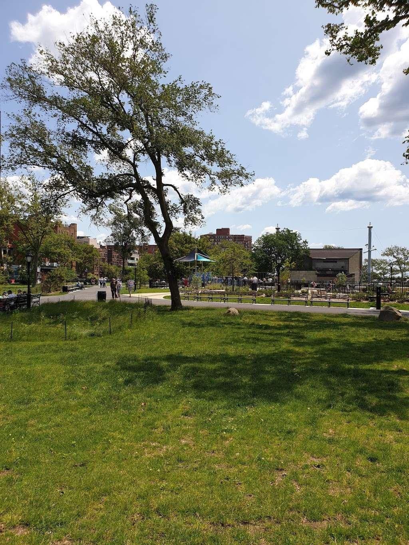 Asser Levy Park - park  | Photo 1 of 10 | Address: 302 Sea Breeze Ave, Brooklyn, NY 11224, USA | Phone: (212) 639-9675
