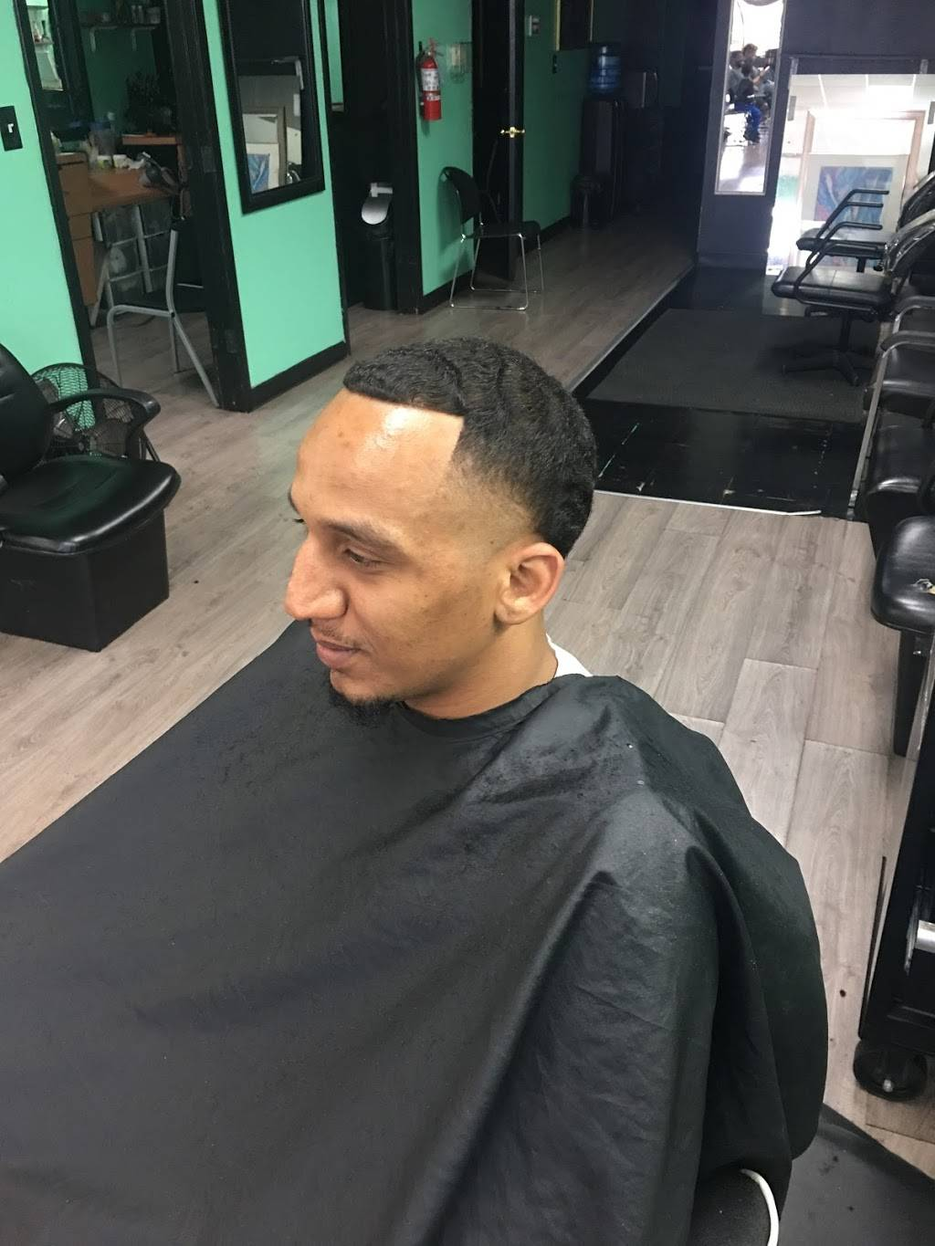 Eric C Master Barber - hair care  | Photo 8 of 8 | Address: 6900 South Fwy Suite 136, Fort Worth, TX 76134, USA | Phone: (817) 566-4369