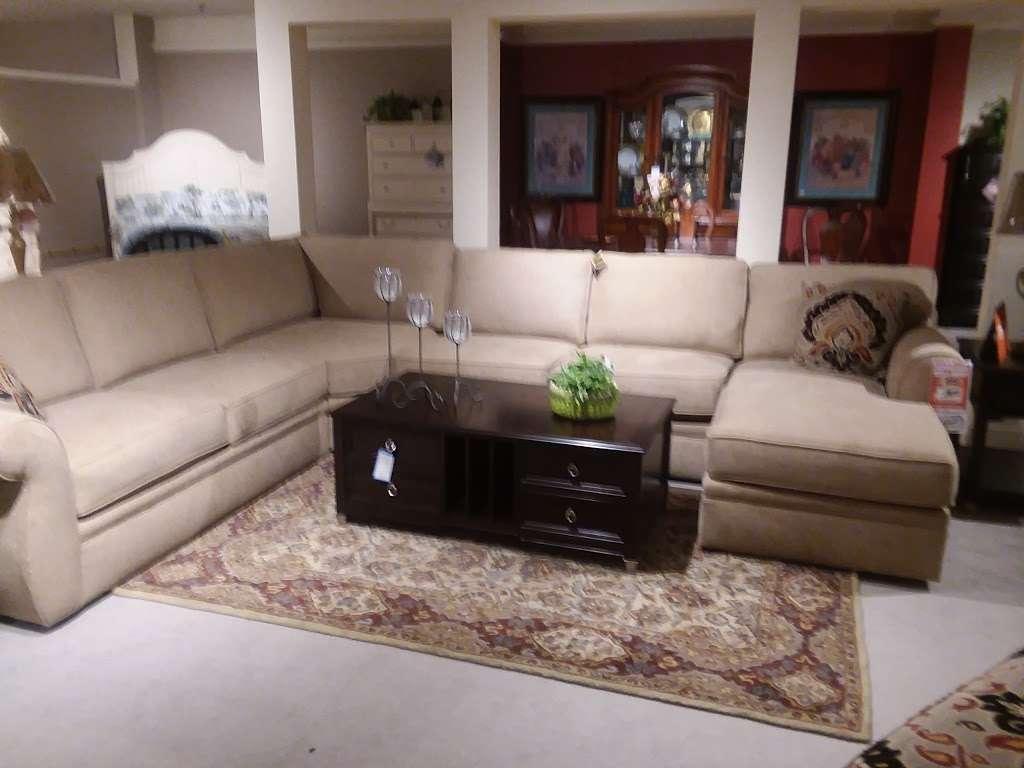 Melrays Furniture - furniture store  | Photo 2 of 3 | Address: 45 Ridge Rd, North Arlington, NJ 07031, USA | Phone: (201) 998-5858