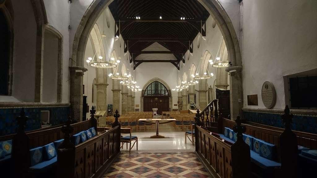 Saint John the Baptist Meopham - church    Photo 5 of 10   Address: Wrotham Rd, Meopham, Gravesend DA13 0AA, UK   Phone: 01474 813106