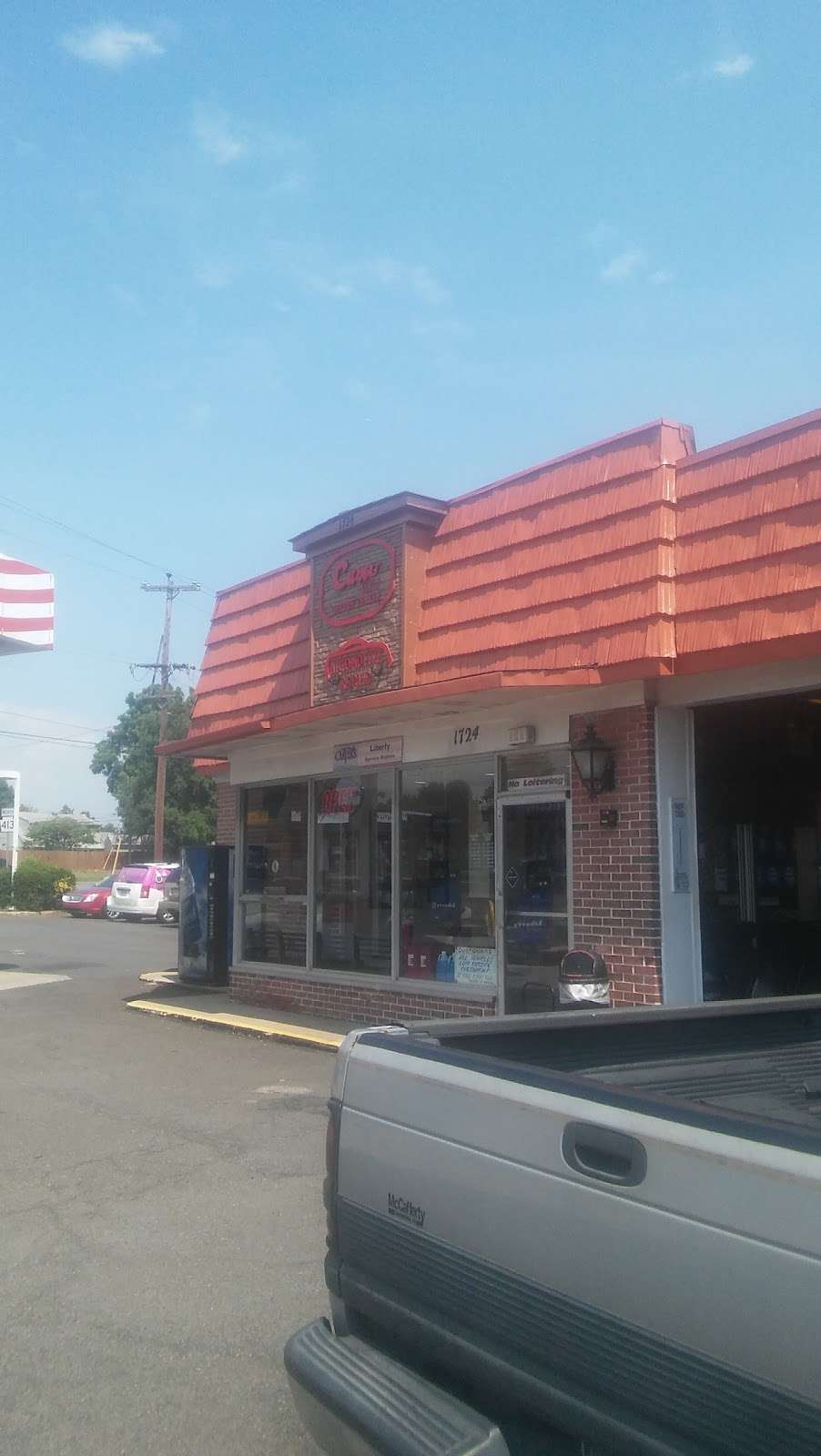 Carvers Liberty - gas station  | Photo 1 of 2 | Address: 1724 Trenton Rd, Levittown, PA 19056, USA | Phone: (215) 945-2150