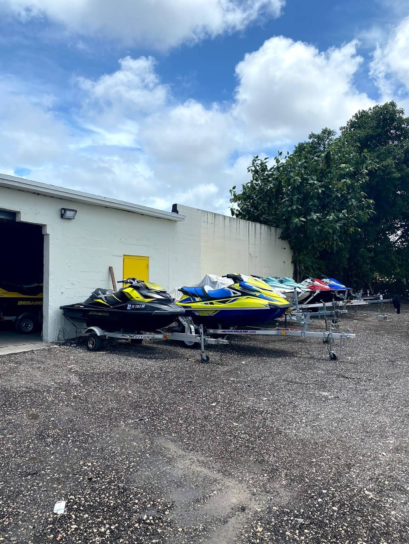 Offshore Boat & Jet-ski Storage - storage  | Photo 4 of 9 | Address: 810 NW 72nd St, Miami, FL 33150, USA | Phone: (786) 789-1051