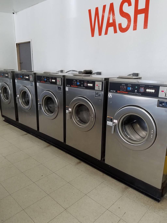 Launderland Bianchi - laundry  | Photo 7 of 10 | Address: 907 E Bianchi Rd, Stockton, CA 95207, USA | Phone: (209) 498-8370