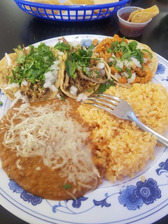 Whipple Taqueria Mexican Restaurant - restaurant  | Photo 4 of 10 | Address: 1790 Whipple Rd, Union City, CA 94587, USA | Phone: (510) 489-1224