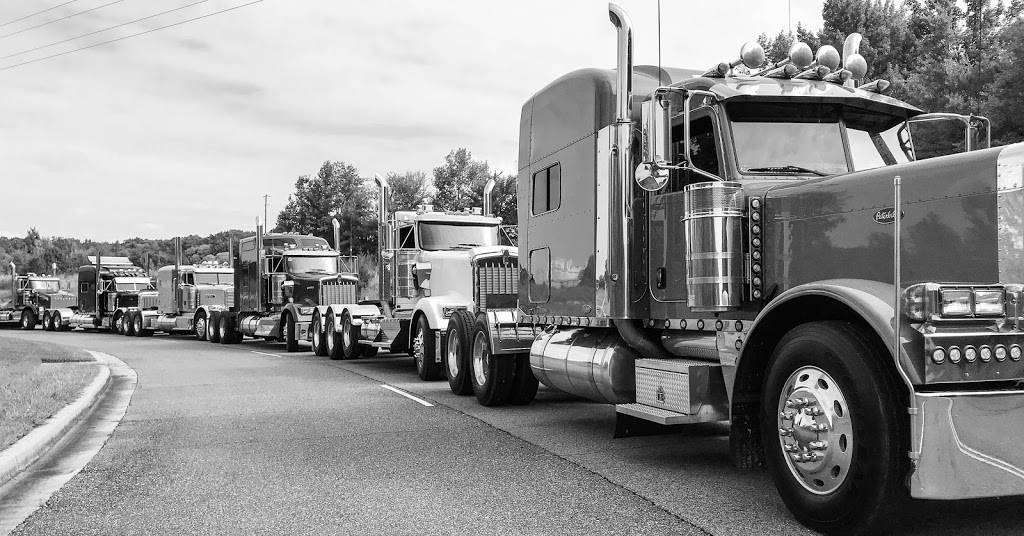 TruckMarket.com - store  | Photo 5 of 8 | Address: 8680 W Sandidge Rd, Olive Branch, MS 38654, USA | Phone: (877) 987-8250