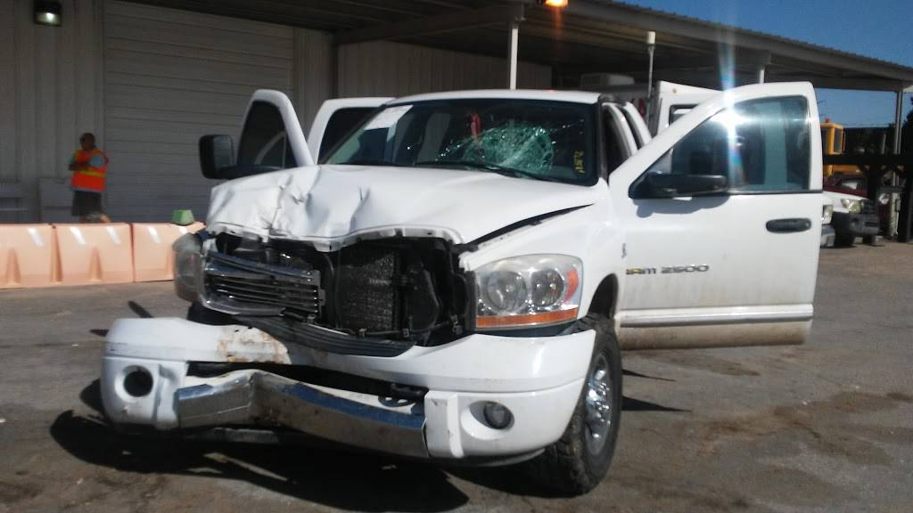 Insurance Auto Auctions - insurance agency  | Photo 3 of 10 | Address: 4400 Broadway Blvd SE, Albuquerque, NM 87105, USA | Phone: (505) 873-2081