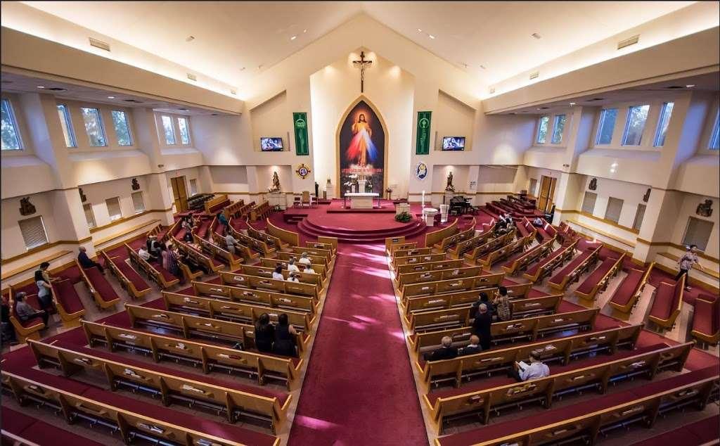 Vietnamese Martyr Church - church  | Photo 7 of 10 | Address: 10610 Kingspoint Rd, Houston, TX 77075, USA | Phone: (713) 941-0521