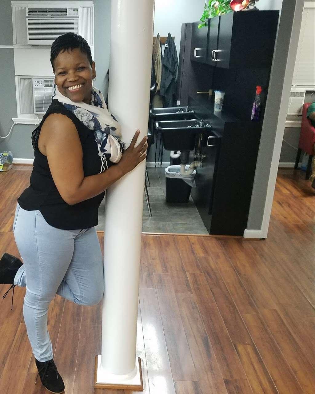 JaiStylz Hair Salon - hair care  | Photo 8 of 10 | Address: 5000 Pennsylvania Ave J, Suitland-Silver Hill, MD 20746, USA | Phone: (301) 967-4044