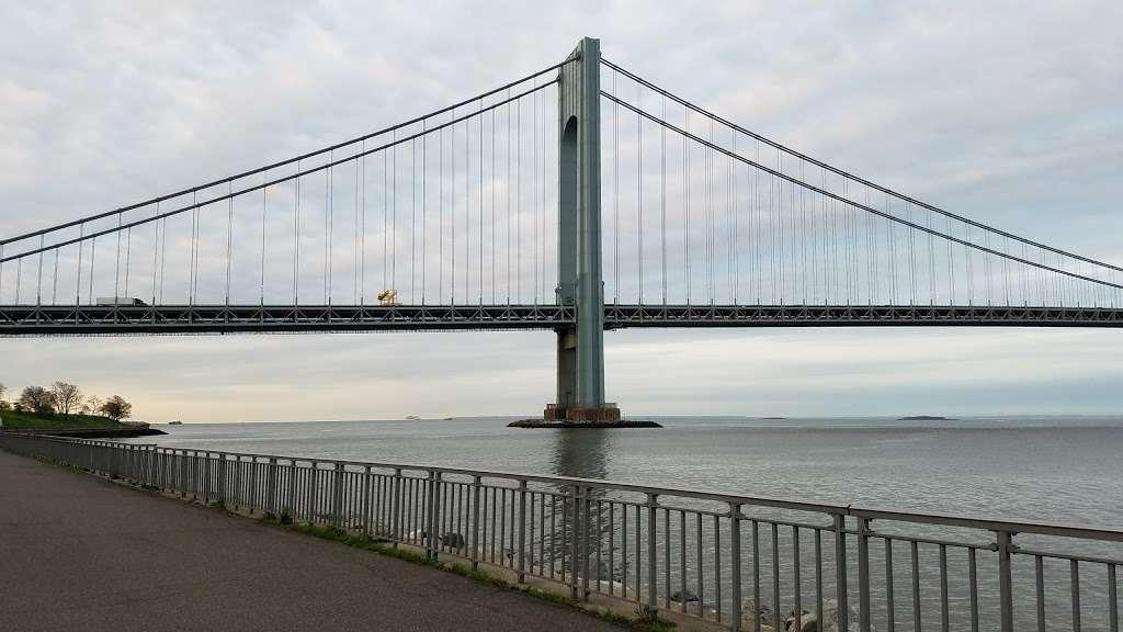 Bay Ridge Promenade (Start) - park  | Photo 3 of 10 | Address: Brooklyn, NY 11209, USA