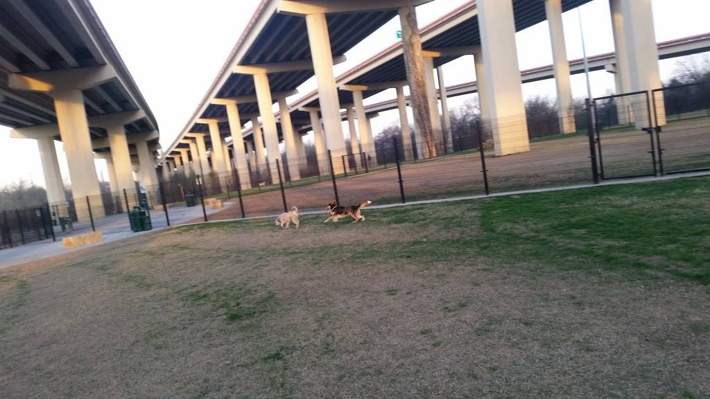 Bush Central Barkway - park    Photo 5 of 7   Address: 3581 N Central Expy, Richardson, TX 75023, USA   Phone: (972) 744-4301