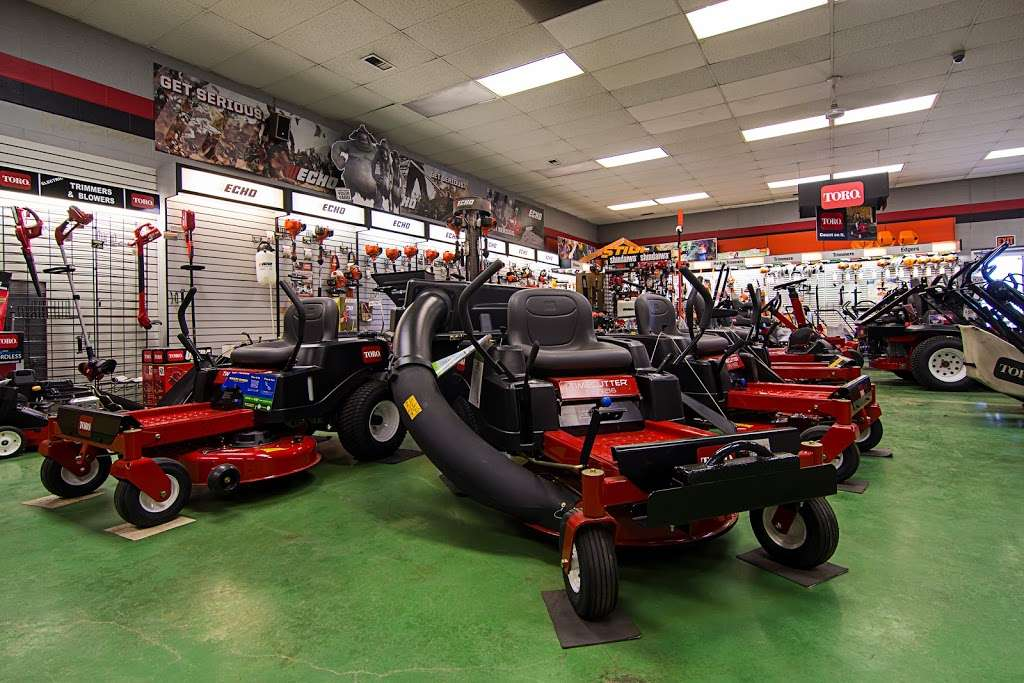 Terpstras Sales, Service & Rental - store  | Photo 4 of 10 | Address: 1235 E 45th Ave, Griffith, IN 46319, USA | Phone: (219) 838-3600