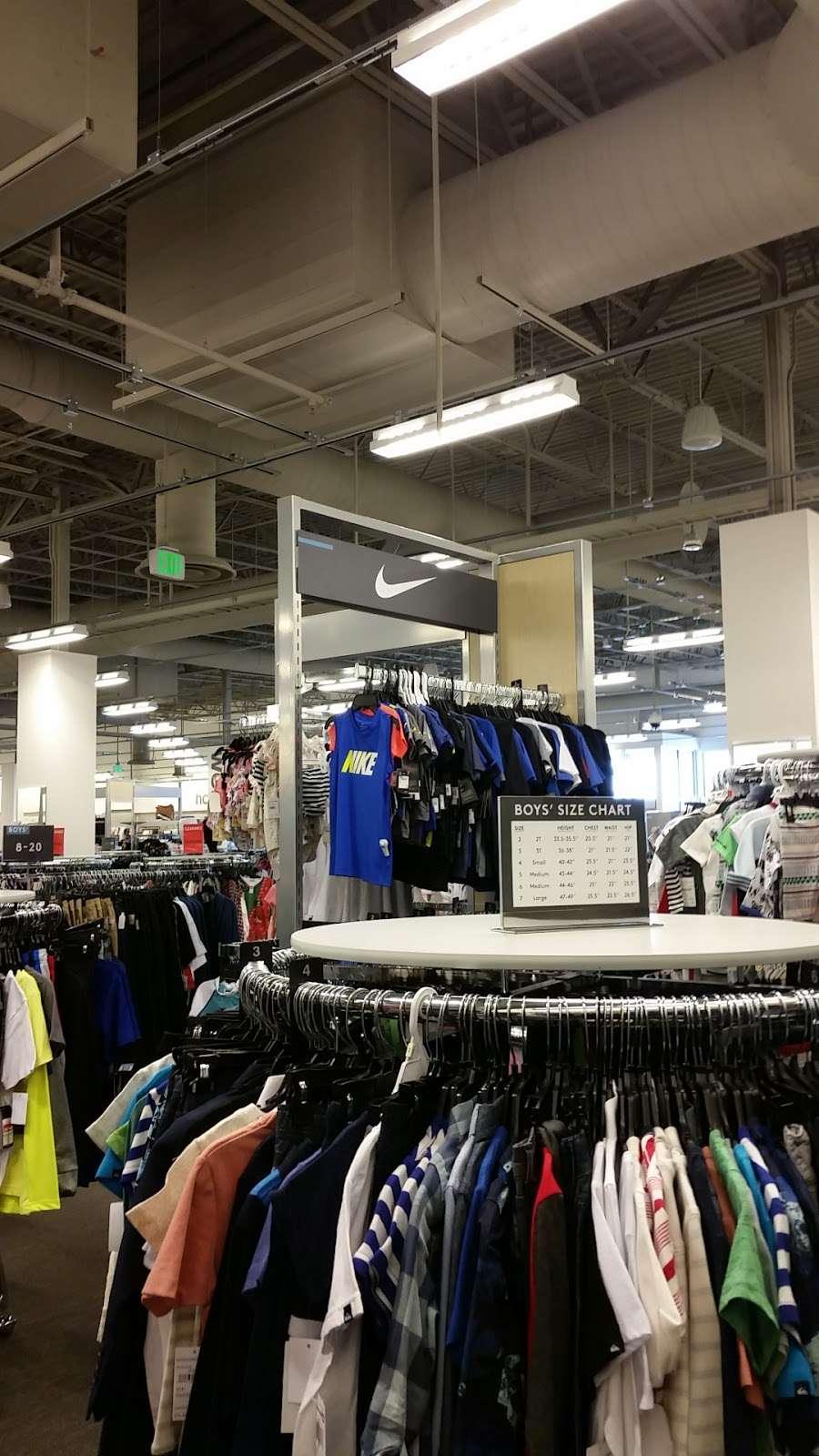 Nordstrom Rack Schererville - clothing store  | Photo 9 of 10 | Address: 185 US-41, Schererville, IN 46375, USA | Phone: (219) 227-3960