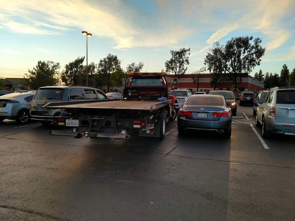 Bay Towing & Collision Services - Car repair | 515 Tennessee