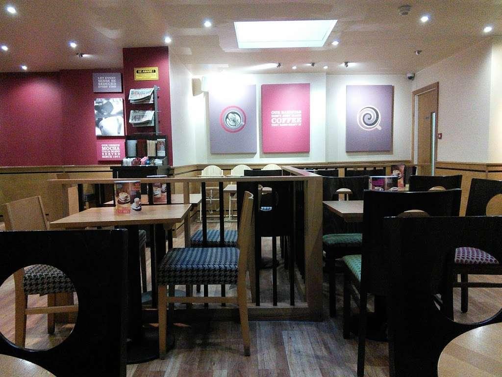 Costa Coffee - cafe    Photo 5 of 10   Address: 8 Warwick Parade, Kenton Ln, Harrow HA3 8SA, UK   Phone: 020 8907 7759