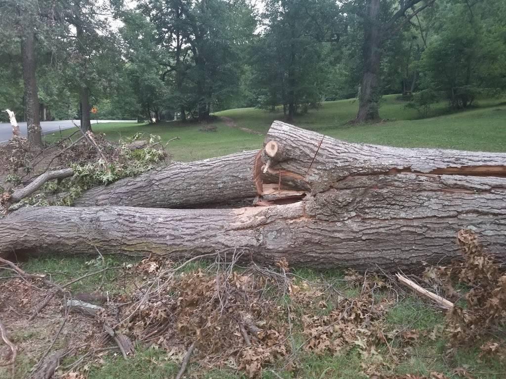 Iroquois Park overlook - park  | Photo 9 of 10 | Address: Louisville, KY 40214, USA | Phone: (502) 368-5865