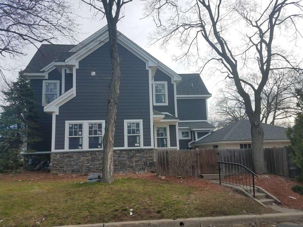 Howland Memorial Grove - park  | Photo 4 of 9 | Address: 136 Howland Ave, Paramus, NJ 07652, USA | Phone: (201) 265-2100