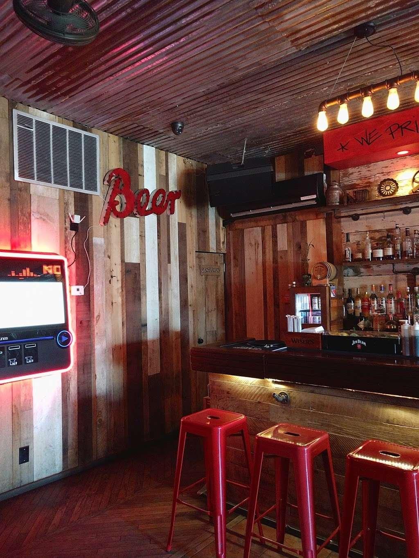 The Hop Shoppe - restaurant  | Photo 5 of 10 | Address: 372 Van Duzer St, Staten Island, NY 10304, USA | Phone: (718) 448-3400