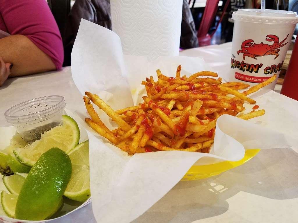 The Kickin Crab - restaurant  | Photo 5 of 10 | Address: 8300 La Palma Ave A6, Buena Park, CA 90620, USA | Phone: (714) 828-8788
