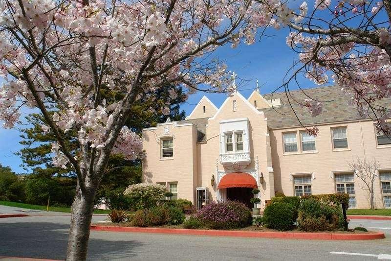 Mercy Center Burlingame - health  | Photo 4 of 10 | Address: 2300 Adeline Dr, Burlingame, CA 94010, USA | Phone: (650) 340-7474