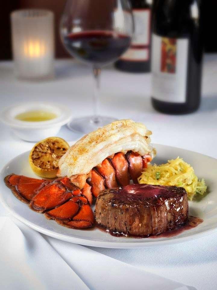 Fleming's Prime Steakhouse & Wine Bar - restaurant  | Photo 5 of 10 | Address: 90 The Promenade, Edgewater, NJ 07020, USA | Phone: (201) 313-9463