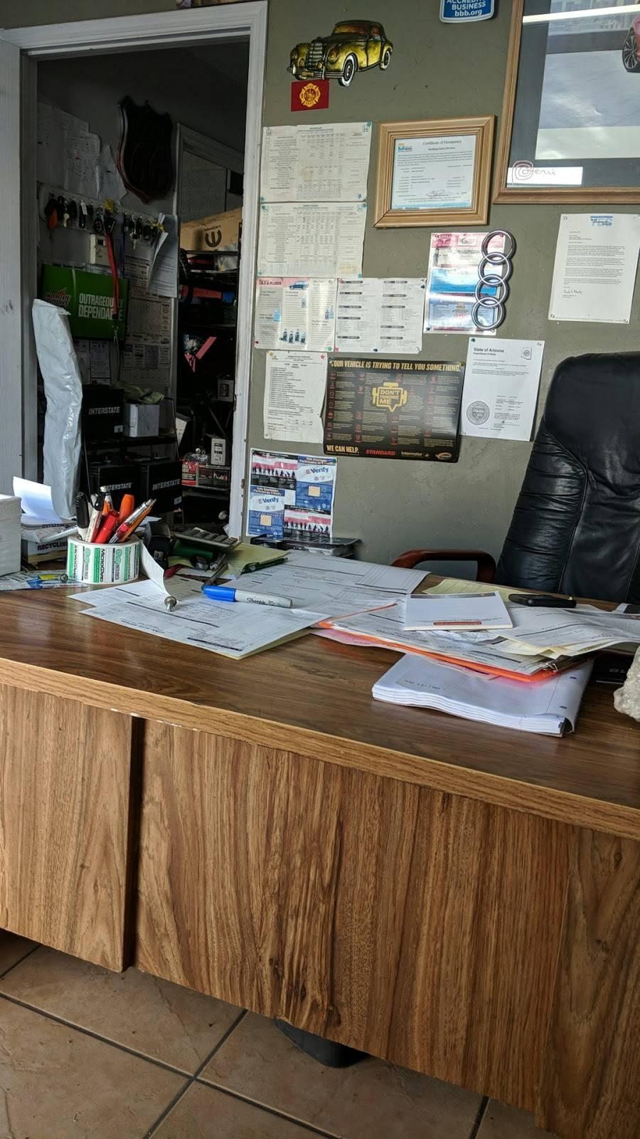 Honn Auto Repair Shop - car repair  | Photo 4 of 7 | Address: 2651, 431 S Stapley Dr # 7, Mesa, AZ 85204, USA | Phone: (480) 649-7009