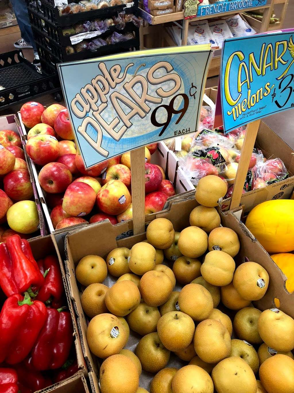 Trader Joes - florist  | Photo 10 of 10 | Address: 6150 Slauson Ave, Culver City, CA 90230, USA | Phone: (310) 313-0441