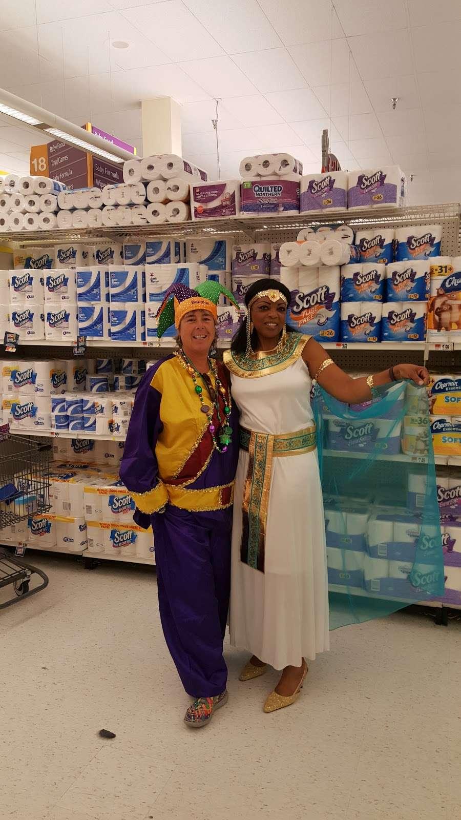 Spirit Halloween - clothing store  | Photo 1 of 5 | Address: 17766 Garland Groh Blvd, Hagerstown, MD 21740, USA | Phone: (866) 586-0155