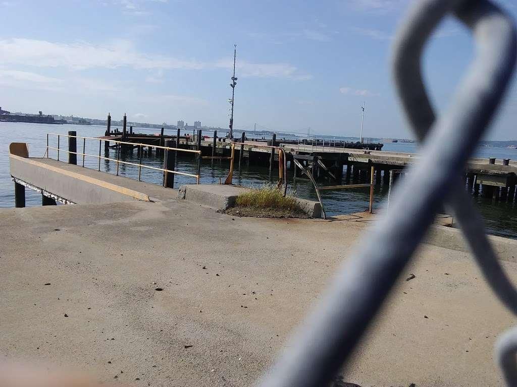 Gov. Island/Yankee Pier - transit station  | Photo 9 of 10 | Address: New York, NY, USA