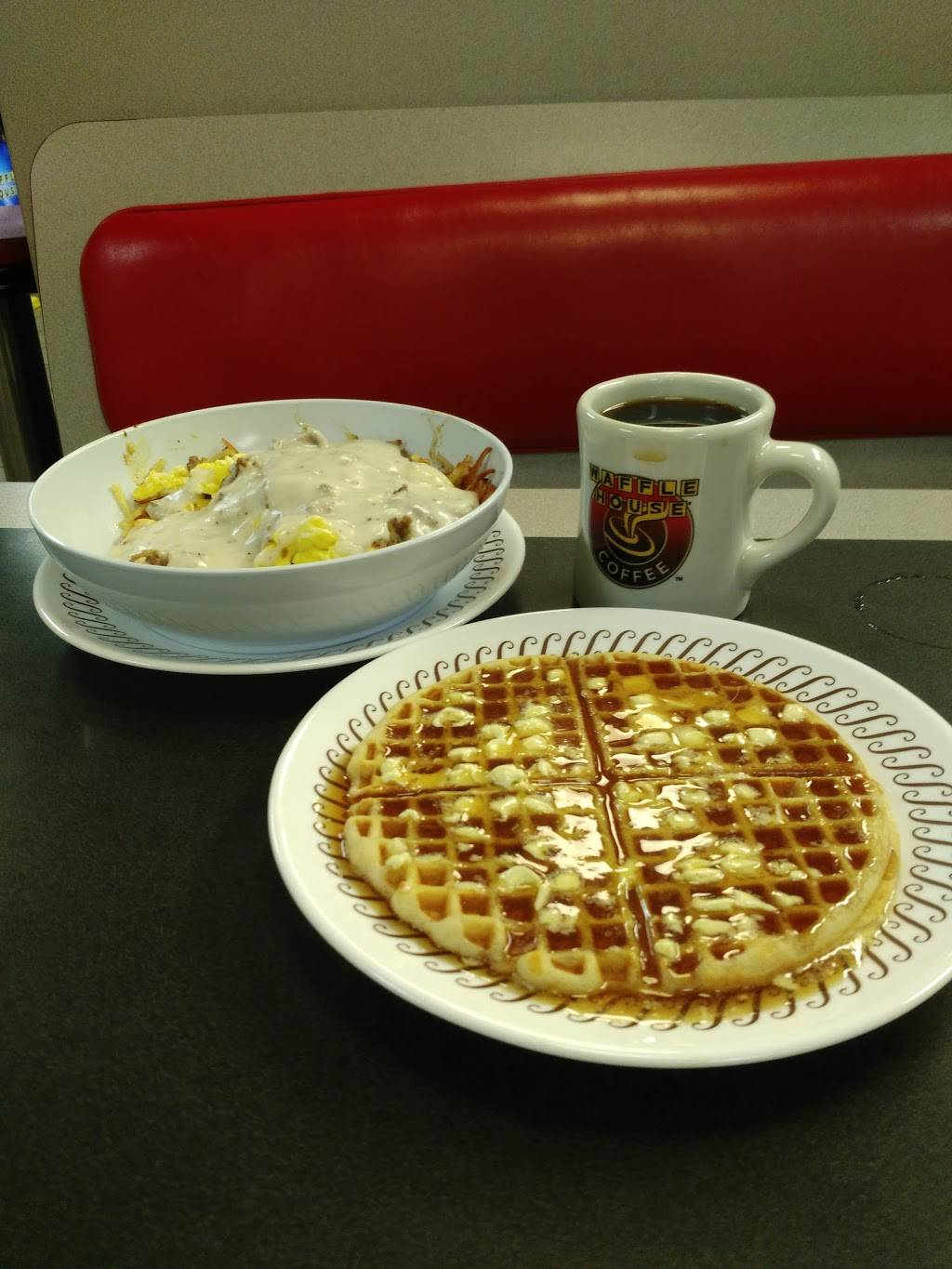 Waffle House - meal takeaway  | Photo 4 of 10 | Address: 3154 Telegraph Rd, St. Louis, MO 63125, USA | Phone: (314) 487-0212