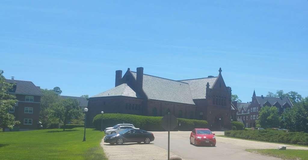 Deerpath Hall - university  | Photo 1 of 1 | Address: 555 N Sheridan Rd, Lake Forest, IL 60045, USA | Phone: (847) 234-3100