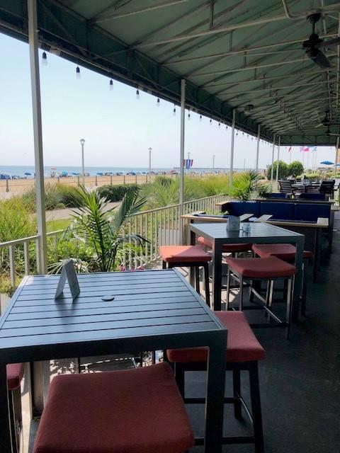 Hemingways Restaurant & Bar Pilar - restaurant  | Photo 1 of 10 | Address: 2101 Atlantic Ave, Virginia Beach, VA 23451, USA | Phone: (757) 419-2544