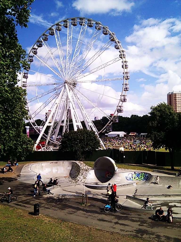 Victoria Park skatepark - park    Photo 3 of 10   Address: Victoria Park, London E9 7DD, UK