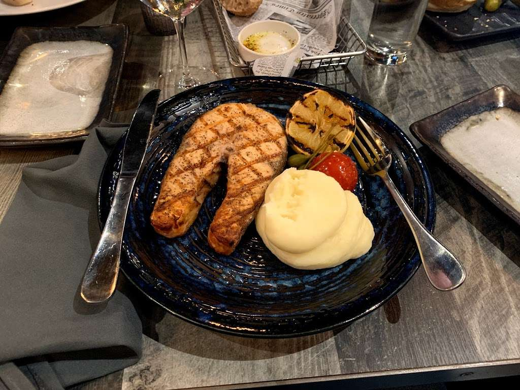 WISE bar&grill - restaurant  | Photo 7 of 10 | Address: 35 Neptune Ave, Brooklyn, NY 11235, USA | Phone: (718) 551-5588