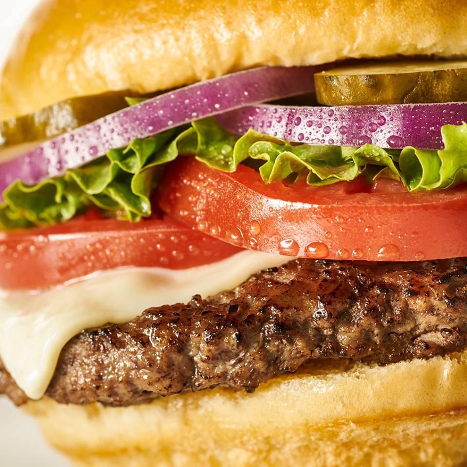 Miami Grill - restaurant  | Photo 7 of 10 | Address: 600 NE 167th St, Miami, FL 33162, USA | Phone: (305) 944-3111