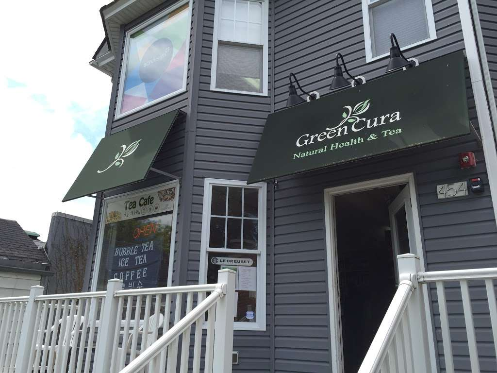 Green Cura - cafe    Photo 4 of 4   Address: 454 Broad Ave, Leonia, NJ 07605, USA   Phone: (201) 944-1248