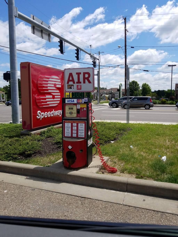Speedway - convenience store  | Photo 8 of 9 | Address: 755 E Aurora Rd, Macedonia, OH 44056, USA | Phone: (330) 468-3320
