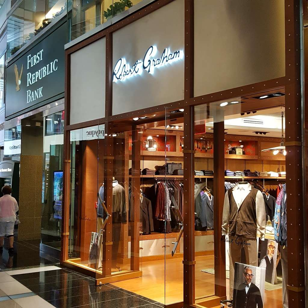 Robert Graham - clothing store    Photo 2 of 10   Address: 10 Columbus Cir, New York, NY 10019, USA   Phone: (212) 956-3251