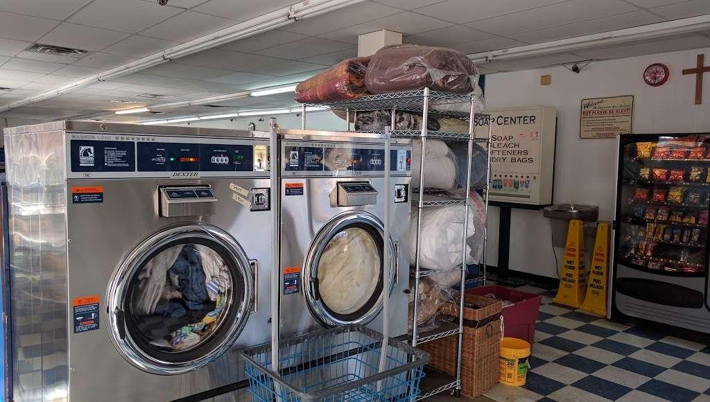 Huntersville Coin Laundry - laundry  | Photo 1 of 10 | Address: 14339 Hunters Rd, Huntersville, NC 28078, USA | Phone: (704) 875-0965