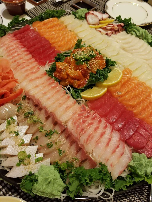 Sushi Island - restaurant  | Photo 1 of 8 | Address: 520 Bergen Blvd, Palisades Park, NJ 07650, USA | Phone: (201) 346-9006