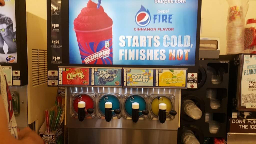 7-Eleven - convenience store  | Photo 6 of 9 | Address: 529 N Rancho Road, Las Vegas, NV 89106, USA | Phone: (702) 648-2668